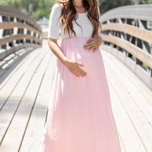 PINKBLUSH Light Pink Chiffon Colorblock Maternity